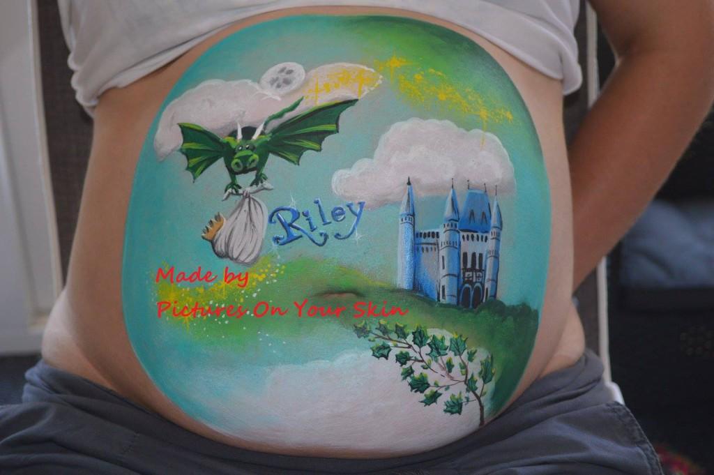 belly painting met naam